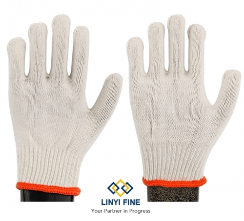 white cotton knitted work gloves
